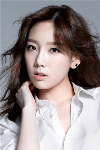 Girls Generation, Taeyeon iPhone 3GS Fonds d'écran - 320x480